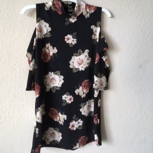 Never worn before floral shirt